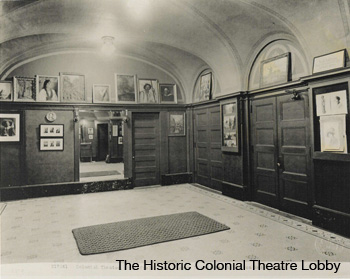 2.-The-Historic-Colonial-Theatre-Lobby